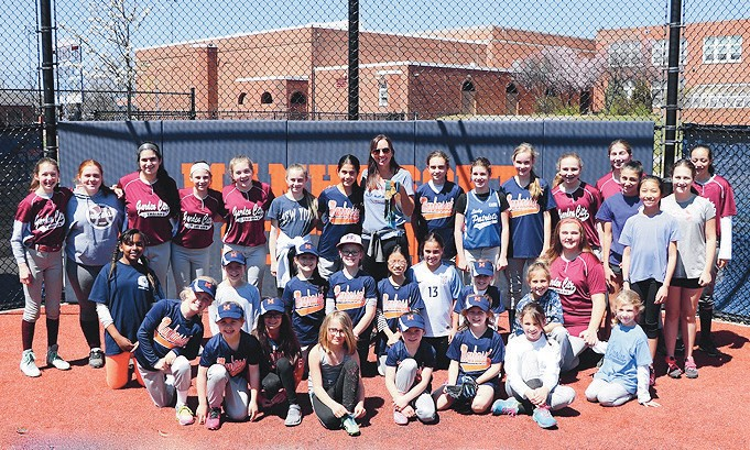 Leah Amico, 3 time USA Softball Olympic Gold Medalist, pictured with GCAA softball players. Left to right : MaryKate Logler, Ryan Sievers, Sophia Makrinos, Avery Hearon, Margot Hearon, Olympian Leah Amico, Amelia DiChiara, Emily Iudica, and Kaitlyn VanEtten. Not pictured: Natalie Greiner, Tiffany Rubi